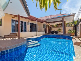 Exclusive 4 Bedroom Viewpoint Villa by HVT