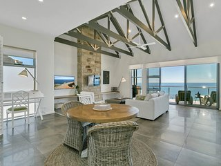 The Jetty, Port Willunga - Perkana Suite. A luxury beachfront couple's escape.