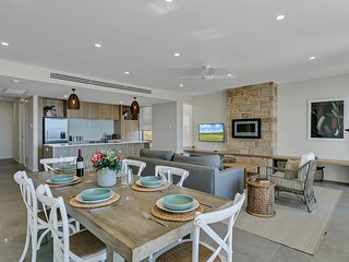 The Jetty, Port Willunga - Baudin Place. A luxury beachfront group escape.