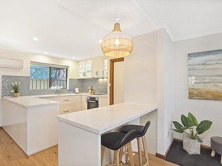 4/11 Cornhill Road - Modern and Fresh in a Central Location