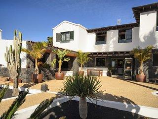 Casa Perdomo, Luxury within Vineyards