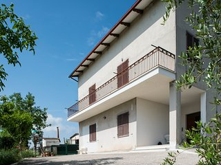 Monte San Pietrangeli Holiday Home Sleeps 10 - 5643979