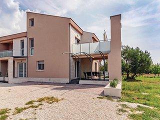 2 bedroom Apartment in Goleš Makarska, Zadarska Županija, Croatia : ref 5547072