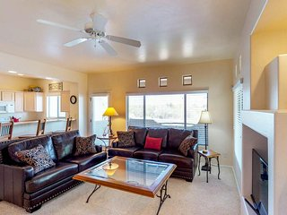 NEW LISTING! Spacious & dog-friendly condo with shared pool and hot tub!