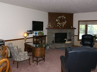 Holly #3 - 1 Bedroom Condo