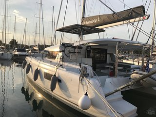 Beauty L - Lagoon 42 laying at Marina alimos