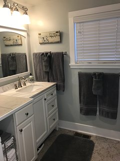 Full Bath with Luxurious Towels