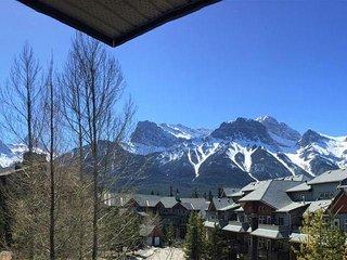 Mountain Retreat with breathtaking views