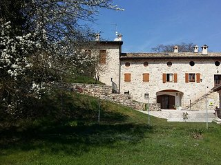 Rustico la Busa in Albisano:sport,nature and relax