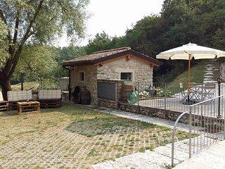 Rustico la Busa in Albisano:sport,nature and relax