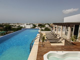 IPLAYA - 5 Stunning one bedroom apartment on a great location!!