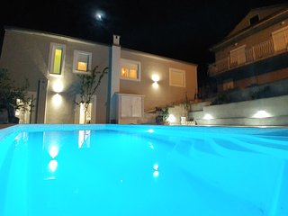 app Nanara **** in small litle place with private pool, parking,wi fi, terass