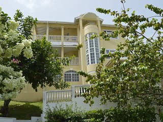 4 bed 3 bathroom Villa with spectacular views of the Rodney Bay