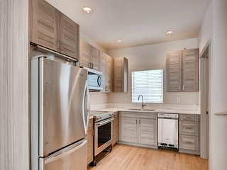 2BR 1.5 BATH town house close to everything Preview listing