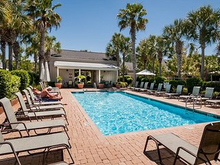 Great Bungalo at SandestinR Perfect for Families W/Golf Cart! Pet Friendly!