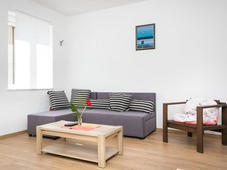 Cozy room in Dubrovnik with Parking, Air conditioning, Balcony, Terrace