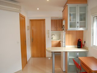Cozy apartment in the center of Valencia with Lift, Parking, Internet, Washing m