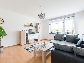 Spacious apartment in Hanover with Parking, Balcony