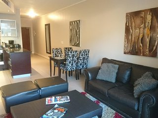Apartment 213 m from the center of Cape Town with Internet, Pool, Air conditioni