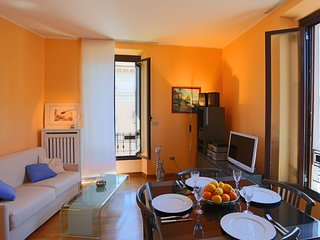 Apartment in Milan with Internet, Air conditioning, Lift, Washing machine (52066