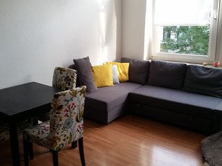 Studio apartment 150 m from the center of Hanover with Parking, Washing machine