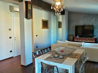 Apartment in Milan with Internet, Air conditioning, Washing machine (520673)