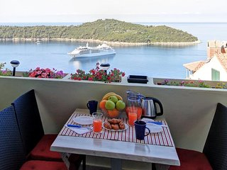 Apartment 722 m from the center of Dubrovnik with Internet, Air conditioning, Ba