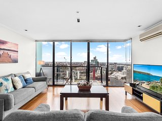 Gorgeous high-level 2BDR apartment in the city with Pool and Parking