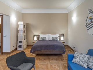 Cosy studio in the center of Prague with Parking, Internet