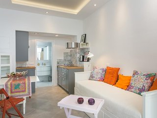 Cosy studio very close to the centre of Dubrovnik with Internet, Washing machine
