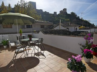 Cozy apartment in the center of Granada with Internet, Air conditioning, Terrace