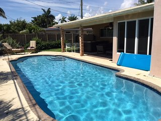 ***** Ft. Lauderdale Escape with Private POOL and SPA ! *****