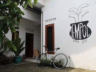 Jempol Homestay ~ Standart single room 2