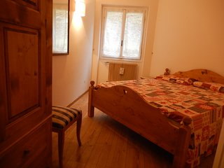 Appartamento ristrutturato di recente con due camere da letto con vista Dolomiti