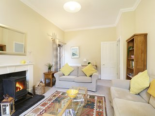 THE RETREAT, spacious rooms, beautiful furnishings, delightful village of
