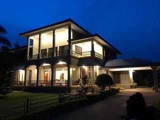 Northeast Villa