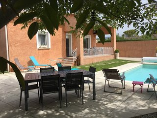 LS2-307 OUSTAU DI MAR Beautiful vacation rental in L'Isle sur la Sorgue
