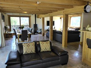 Chalet Anelie - stunning views of the Chamonix Valley and Mont Blanc