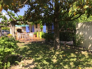 LS1-308 GIGANTO - Beautiful vacation rental in the Alpilles Natural Park