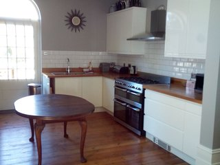 Brussels House: Four bedroom house in Ramsgate with large garden