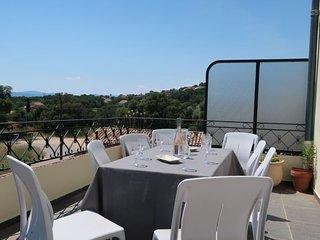 5 bedroom Villa in Grimaud, Provence-Alpes-Cote d'Azur, France : ref 5177838