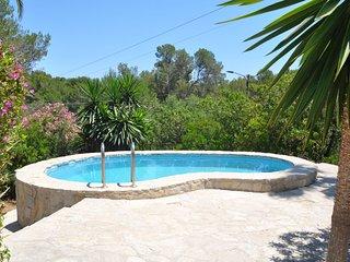Villa Anita, house in Cala Murada 4 people with pool, aacc, BBQ, 1 km from beach