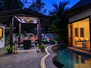 Tropical Balinese style 3 bedroom villa with pool