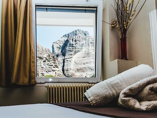 Lovely Room for 3 with Stunning Views of Meteora