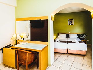 Lovely Room for 2 with Stunning Views of Meteora