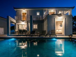 Villa Sole ★4 BR★Private Pool★Sea Views★Free Parking