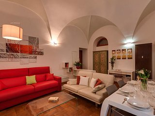 Private SPA and garden close to Piazza Navona. Up to 9 guests