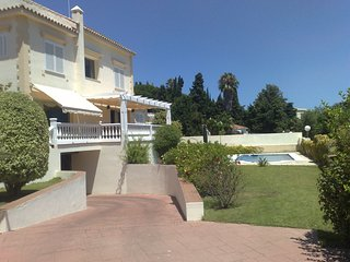 4-beedroom Fuengirola Villa just 150m from the beach