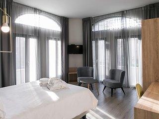 Superior One Boutique Hotel - Superior Queen Room 2