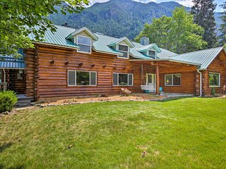 NEW! Swanson Lodge Ranch in Troy - Horse Friendly!